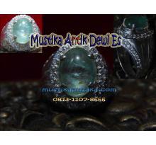Mustika Jamrud Istimewa dan Langka ( Batu Mustika Dewi Es )