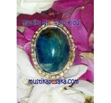 Batu Mustika Dayang Cantik Kerajaan Gaib Pantai Selatan