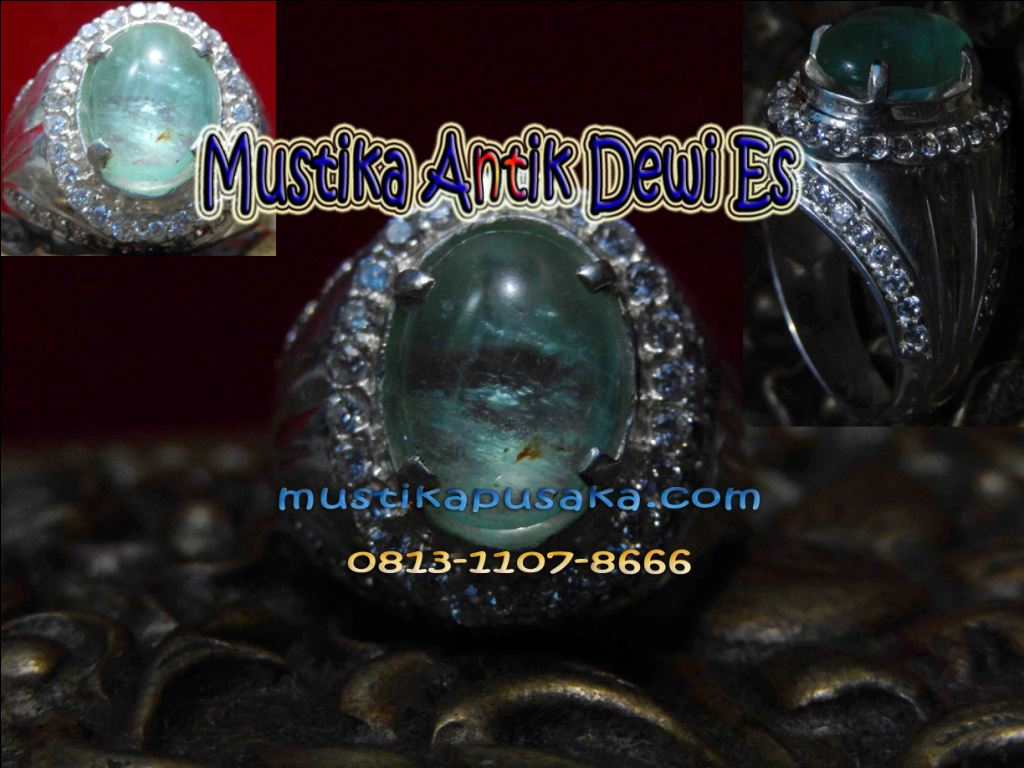 Batu antik dewi es